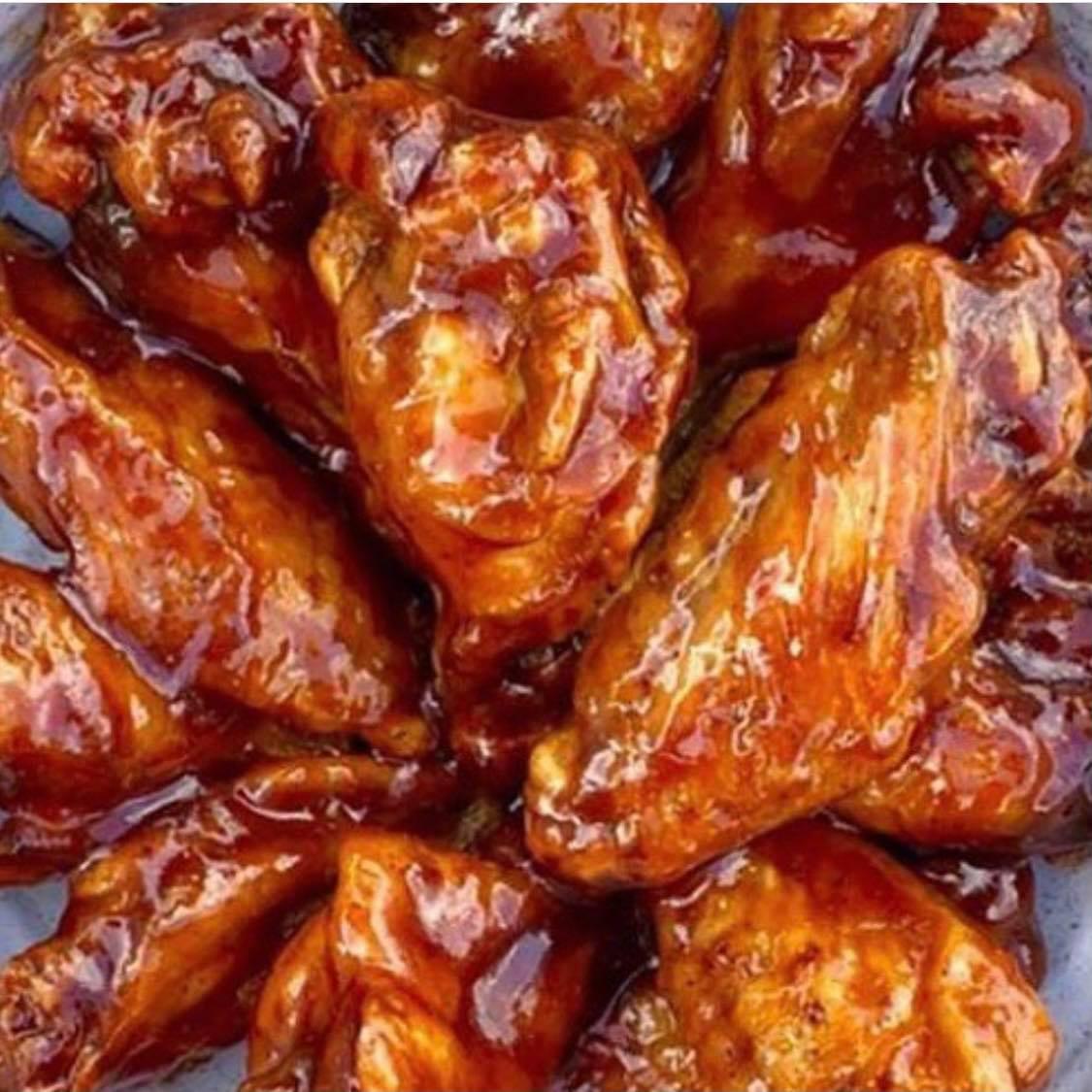 6 Jumbo Wings
